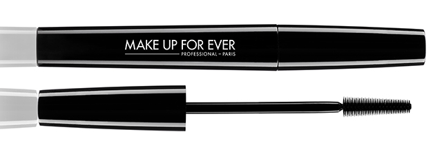 MUFE mascara smoky strech white background
