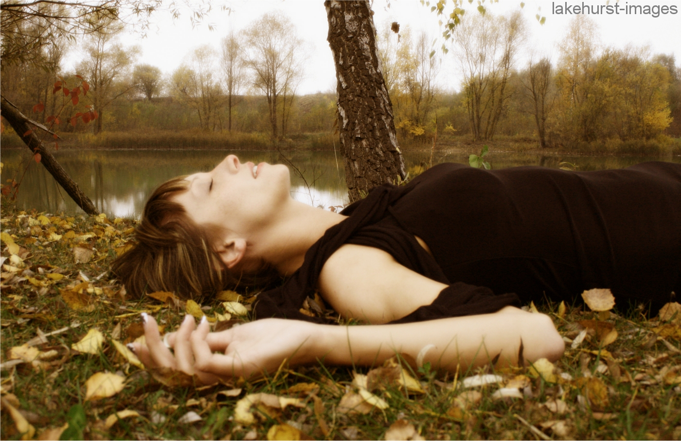 autumn_sleeping_beauty_by_lakehurst_images