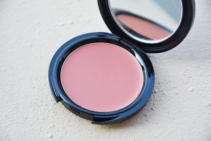 HD Blush (€ 30,90) N. 210 Cool Pink
