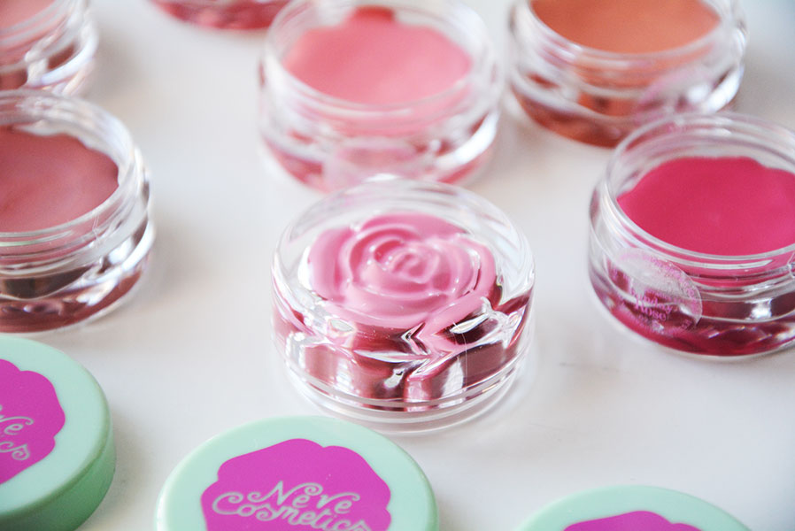 neve-cosmetics-blush-garden-4