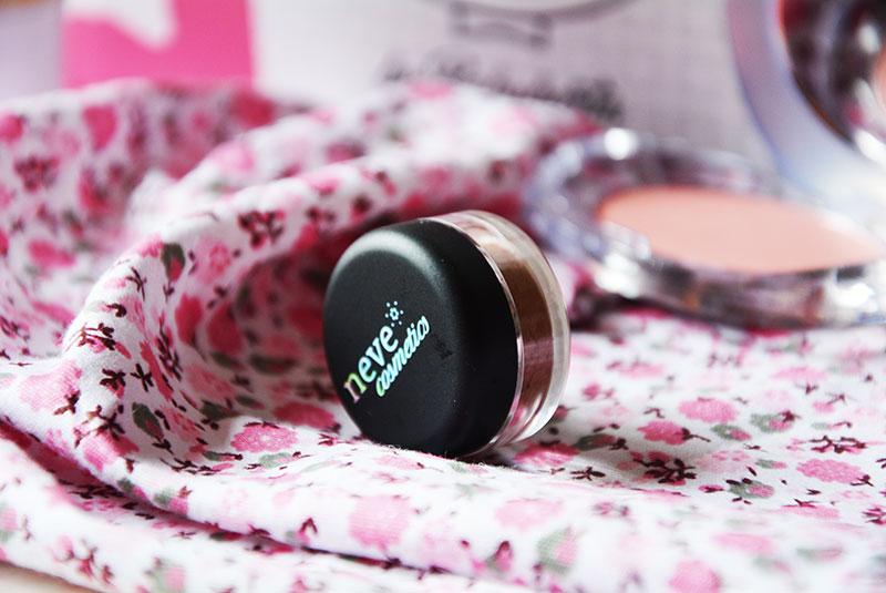 mybeautybox-neve-cosmetics-seychelles