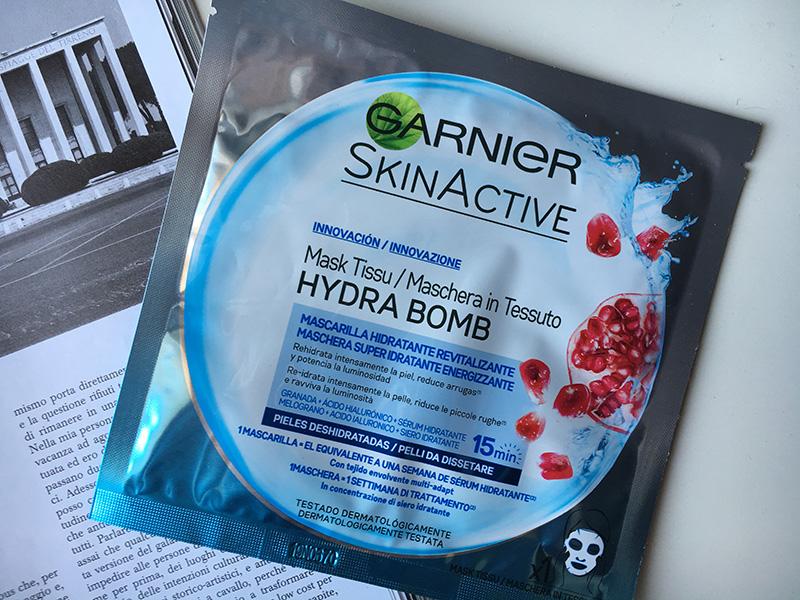 hydra-bomb-maschere-in-tessuto-garnier-revitalizzante