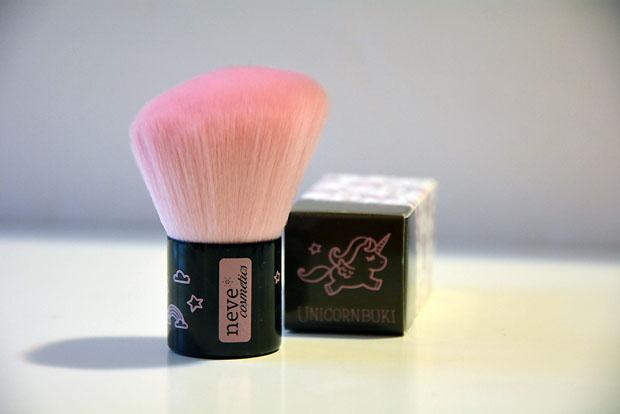 pennelli Neve Cosmetics Nevebuki