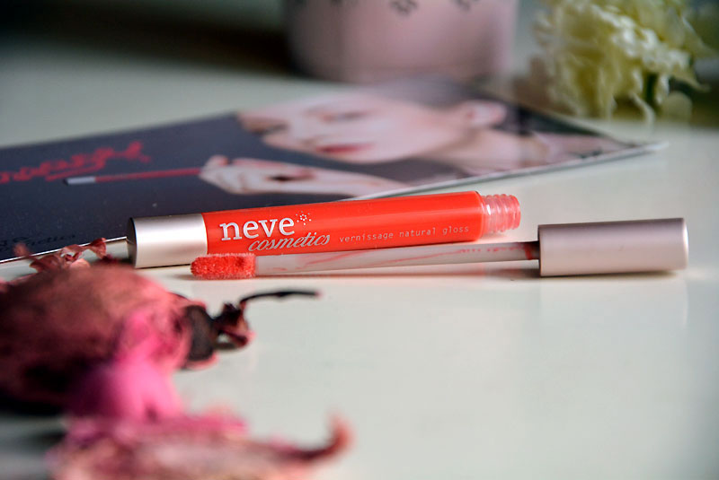 Neve Cosmetics Vernissage Natural gloss in ararea