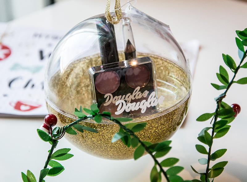mybeautybox-dicembre-2016-douglas