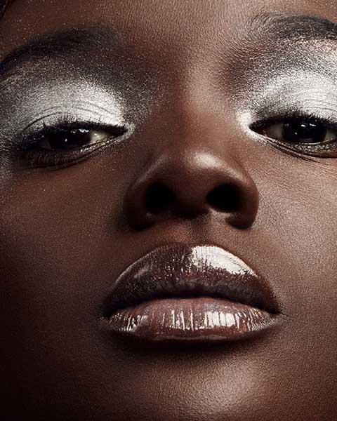 Fenty Beauty Illuminante argento Killawatt Freestyle